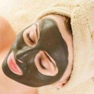 «Бадяга» від пігментних плям: домашнє усунення косметичних дефектів