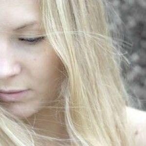 Блідість шкіри і захворювання, що характеризуються даними симптомом