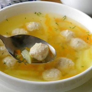Дитячий суп з фрикадельками для однорічних карапузів
