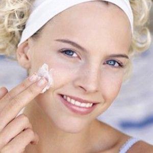 Як доглядати за шкірою після 50 років?