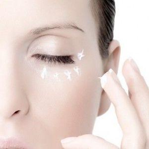 Кращий крем для повік з ефектом омолодження і підтягуючим ефектом