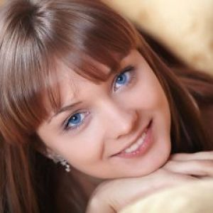 Макіяж для блакитних очей і русявого волосся. Варіанти на вибір
