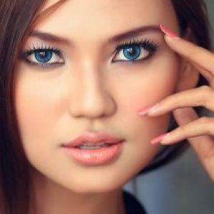 Макіяж під синє плаття для блакитних очей. Тонкощі макіяжу