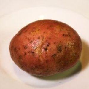 Маска для обличчя з сирої картоплі. Природа завжди допоможе