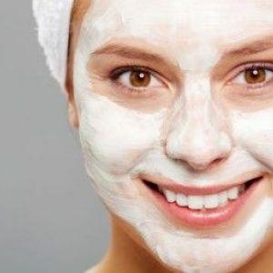 Маска з кефіру для обличчя для різних типів шкірного покриву обличчя