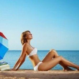 На море з`явилися прищі від сонця: чому і що робити?