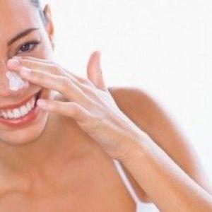 Нічний крем для обличчя: особливості вибору при різних типах шкіри