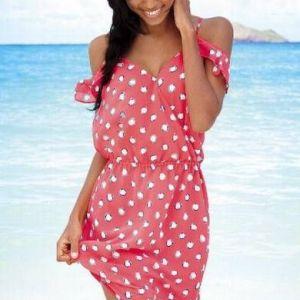 Новинки круїзних колекцій: модні пляжні сукні 2012