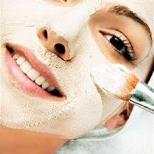 Очищаюча маска для обличчя з спіруліни