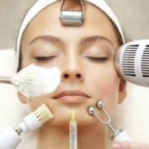 Процедури омолодження для обличчя в салоні: методи і види