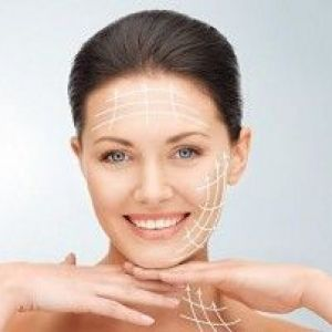 Омолодження та очищення обличчя за допомогою крему з ретинолом
