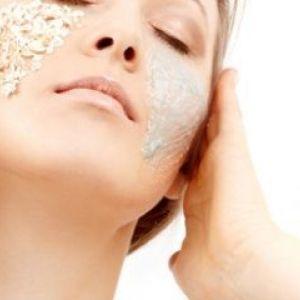Вівсяний пілінг для очищення і живлення шкіри обличчя