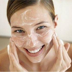 Пілінг обличчя в домашніх умовах: рецепти
