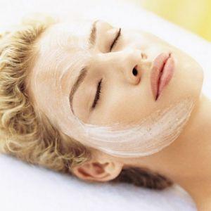 Правила застосування маски для обличчя в домашніх умовах