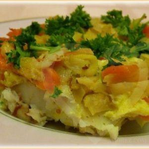Риба, запечена з овочами