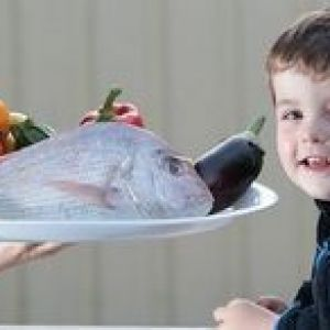 З якої риби починати прикорм дитині