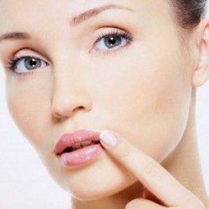 Лущиться шкіра навколо рота: лікуємо в домашніх умовах