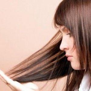 Суха шкіра голови - джерело проблем з волоссям