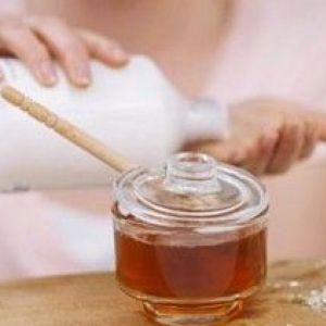Воложимо шкіру рук: підбираємо вітаміни і корисні пордукти