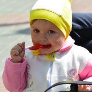 Вводити кашу прикорм дитини