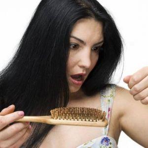 Випадання волосся. Причини і лікування