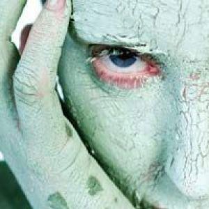 Зелена глина для обличчя: властивості, показання, застосування