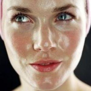 Жирний тип шкіри: детальна характеристика і поради по догляду
